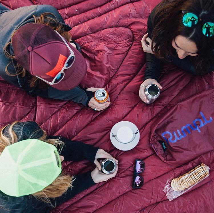 Nothing beats a post-hike picnic! We are teaming up with @gorumpl @mountainstandard @miir and @erinoutdoors to give away an awesome collection of products for your next weekend adventure. TO ENTER click the link in our bio and enter your name and email...