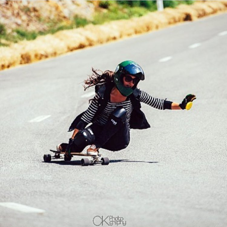 LGC German rider @tina_zobel turning left. We love her style!  @ckphotogrhy photo.  Repost from @longboardshop.eu  #longboardgirlscrew #womensupportingwomen #skatelikeagirl #tinazibeline #downhillskateboarding #lgcgermany