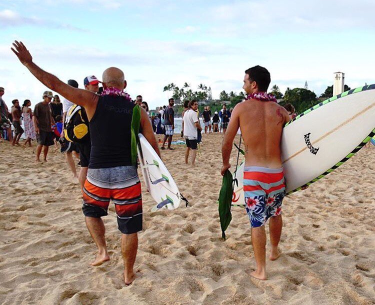 The Eddie is on at Waimea Bay today. Mason Ho in heat 4. Watch it live @wsl.