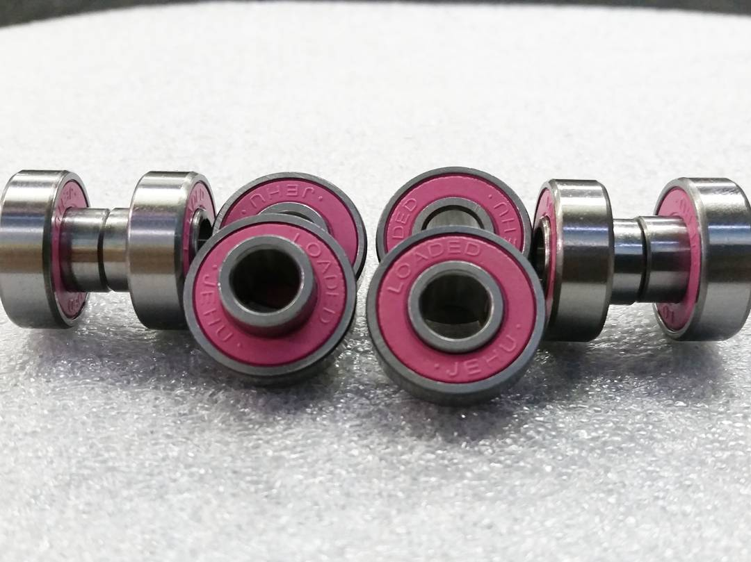 In case you didn't know (probably didnt) all Loaded completes come stock with our new bearings with built in spacers.  Late to the game? Maybe... But at least ours are pink♡  #WereAllPinkOnTheInside #LoadedBoards #LoadedBearings