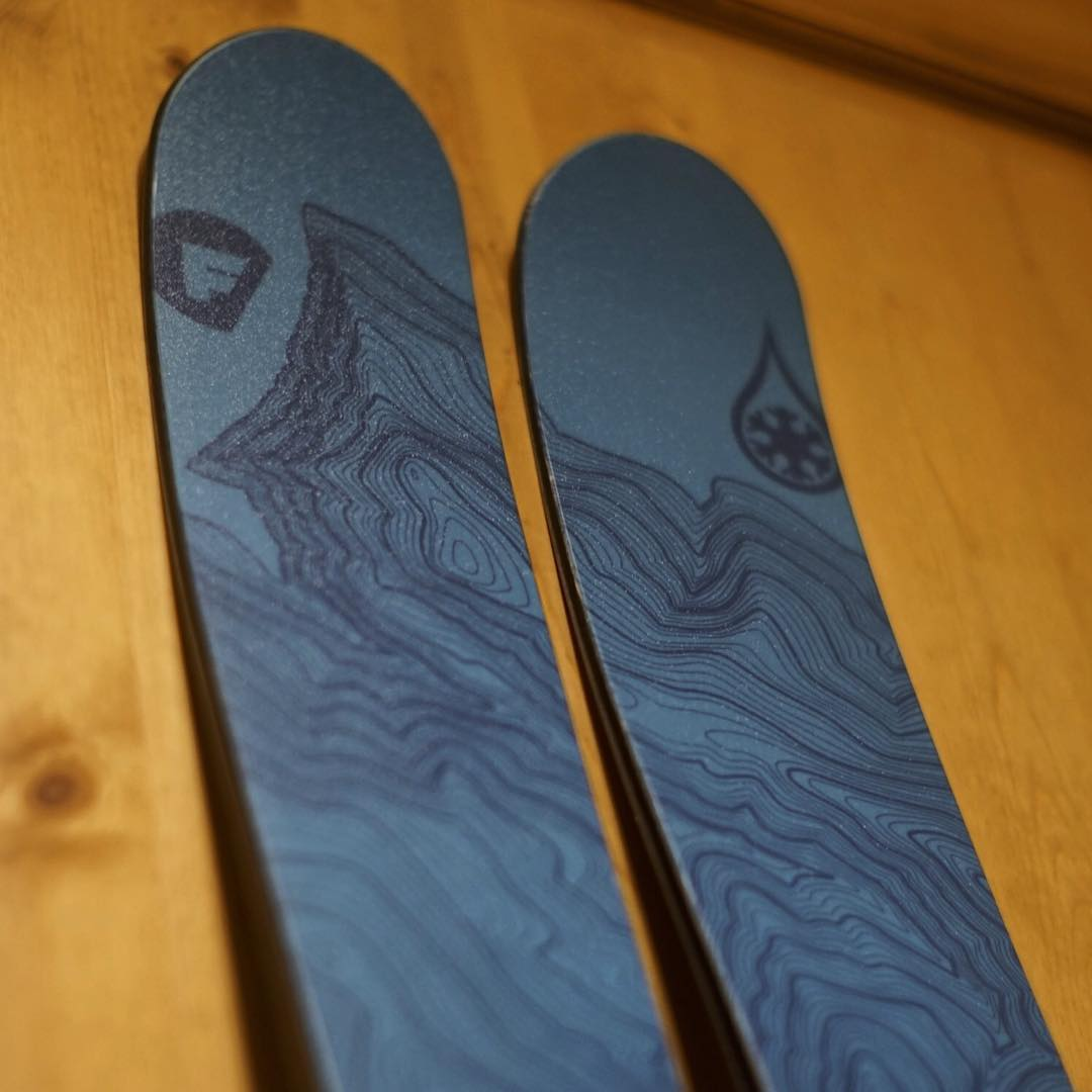 Folsom Custom Skis makes the best skis on the planet!  Check out our artist series with @folsomskis - pick you favorite Colorado ski area - pick your colors - pick your ski!  Contact us for any custom TOPO design not available on the site. #kinddesign...