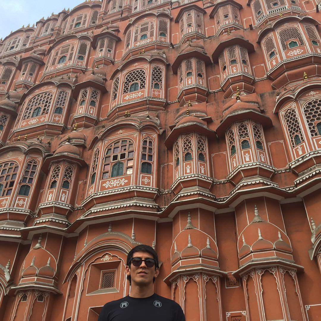 Matuse Family Member, @jitsugram, at the Wind Palace in Jaipur, India and well suited like #geoprene aka the Ichiban in the UV top that's made from a premium quick-drying French pique: Temperature regulating, an SPF rating of 60+ and naturally...