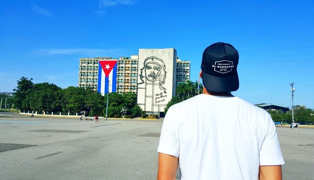 Recorriendo Cuba con @elmandarinasurf  #getjuicy