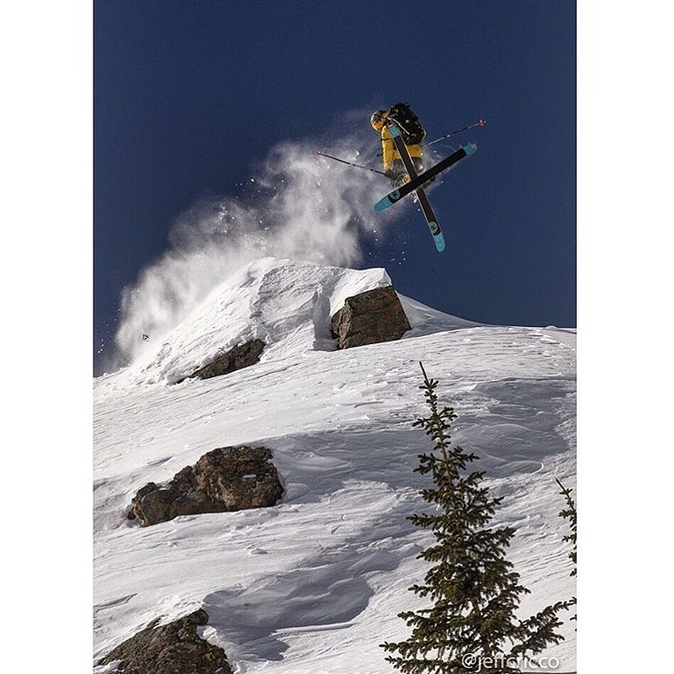 @plumetunes is getting some great shots these days with @jeffcricco in the Vail backcountry.  #flylowgear | #embracethestorm
