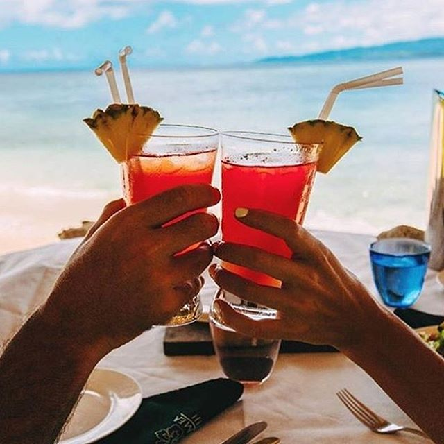Cheers to the weekend! Wishing you waves, wind and sunshine! Oh and a pimped out beverage would also be nice.