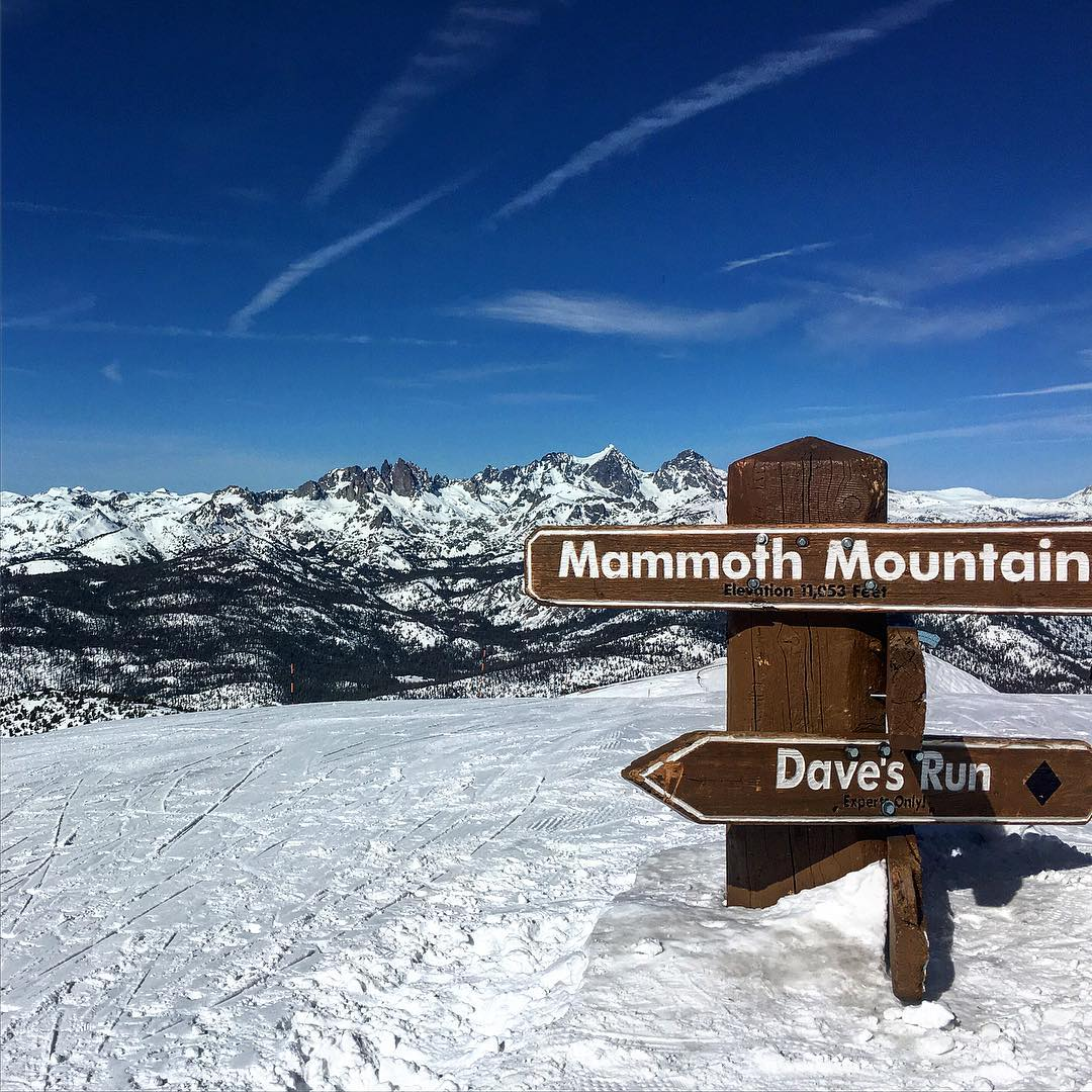 Amazing weather #california @mammothmountain #getoutside #snowboarding #thrivesnowboards