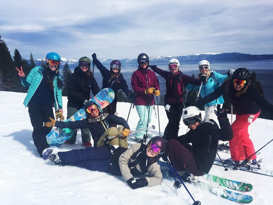 Great day at @skihomewood skiing and demoing with the @shejumps Get the Girls Out crew!  Thanks for having us Homewood, stay #beautiful!  #sisterhoodofshred #sheshredshomewood #skiing #snowboarding #westshore #tahoe #girlswhorip #alpinebabes #mountains...