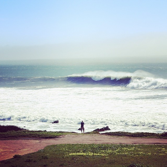 some big ones rolling in. somewhere between #SF and #SC  #awesome#awesomesurfboards#surf#surfing#swell