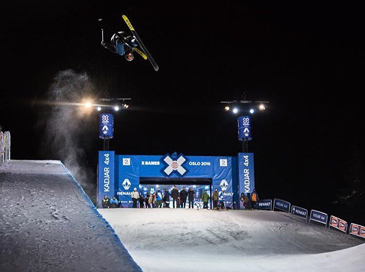 @mrdavidwise is looking for some big airs and a big finish @xgames #oslo #shapingskiing |