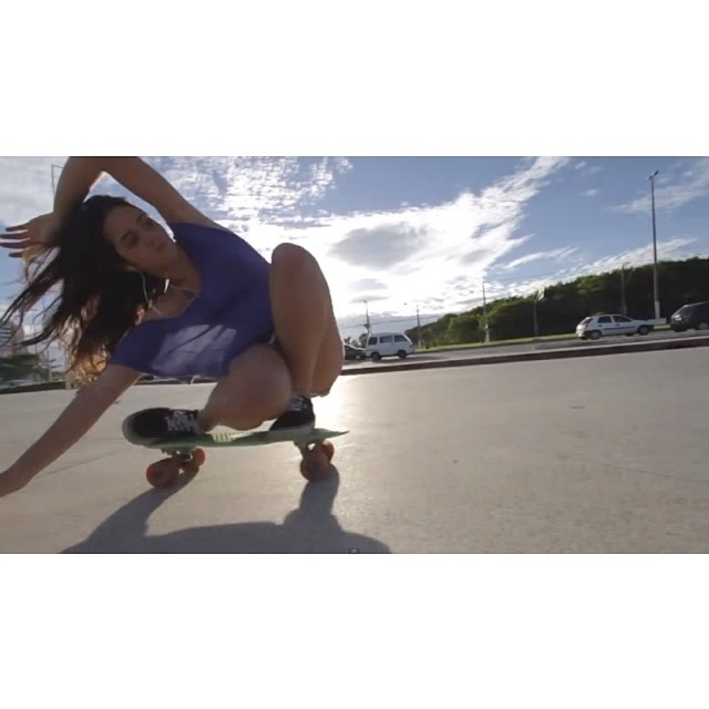 Go to www.longboardgirlscrew.com and check out Brazilian rider Ana Maria Suzano's latest edit on her #penny board. This girl flows! #longboardgirlscrew #Brasil #touchingthewave?