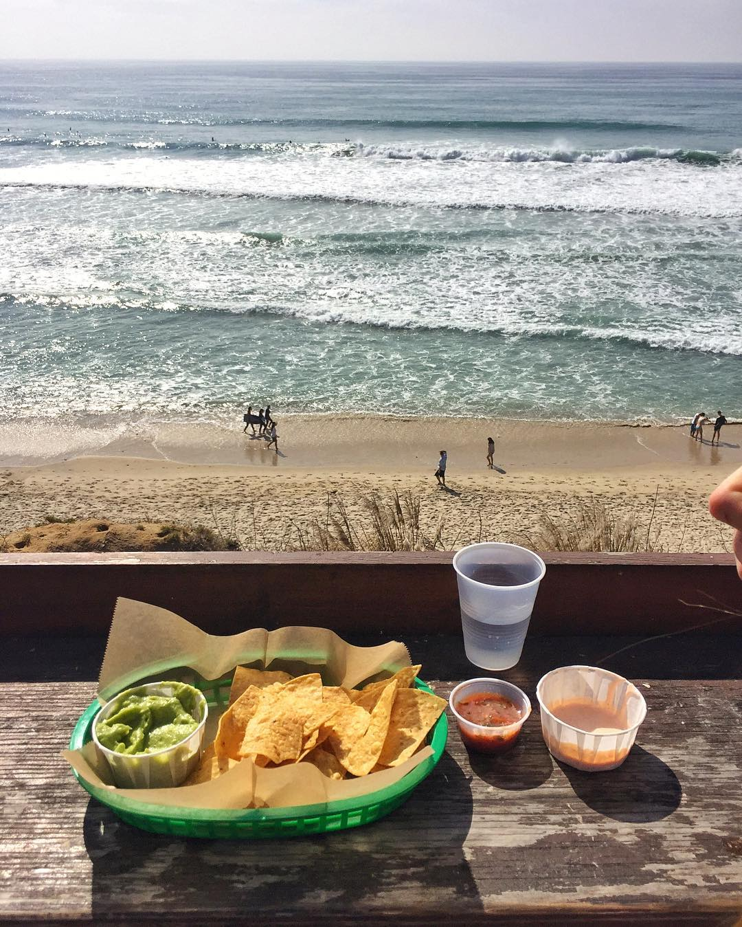 Today's chips/salsa/taco combo lunch view, courtesy of Cardiff-by-the-Sea, California. Not a bad place to be. #summervibes #ihearttacos #BullTaco