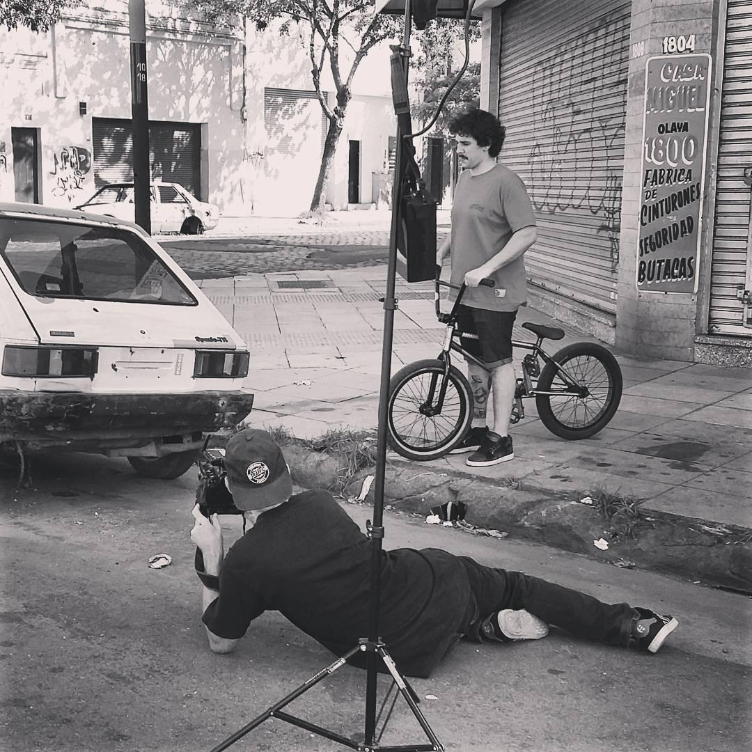 @juliocorpa Trabajando junto a Rob Dolecki (USA) para su nuevo proyecto de video MAINTAIN II.V Chequea el trabajo de Rob por todo el mundo en: www.doleckivisuals.com
