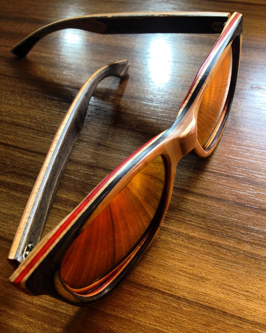 Excelente día para usar unos anteojos así ‼️ ‼️ ♻️♻️recycledsunglasses♻️♻️