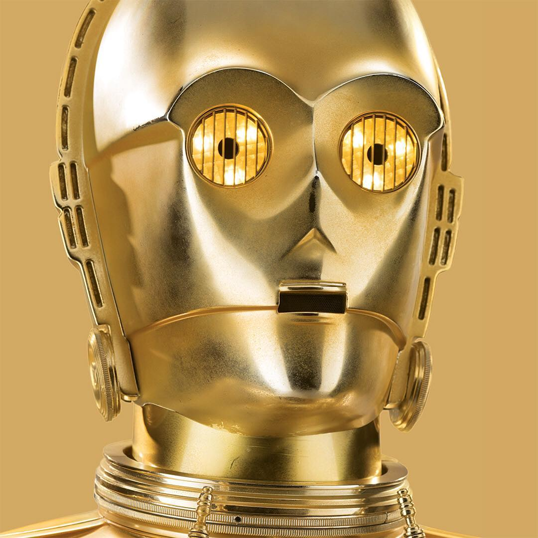 Fluent in over six million forms of communication, the golden protocol #droid #C3PO is an essential companion to his master #LukeSkywalker and to the #RebelAlliance. Welcome the C-3PO #Sentry new and now available. #StarWars #Jedi #LightSide...