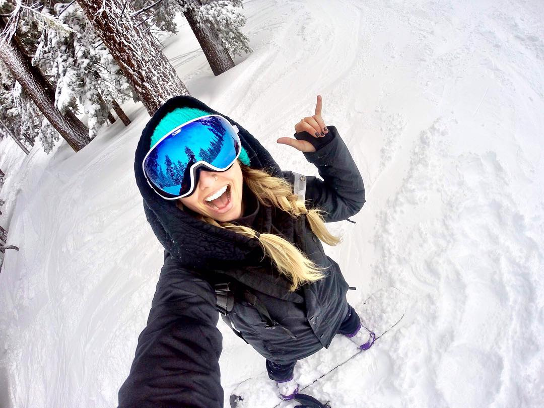 Happiness at first sight.  #SEEHAPPY like @xxshelb in the Doom snow goggle with #HappyLens!
