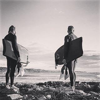 Ese momento en el que ya estas disfrutando de lo que vas a hacer... #bodyboard #bodyboarding #surf #surfing #leash #shop #boards #longboard #sup #wakeboarding #skate #skating #sk8 #vs #morey #boogie #brasil #chile #dc #watching #waiting #bestmoment