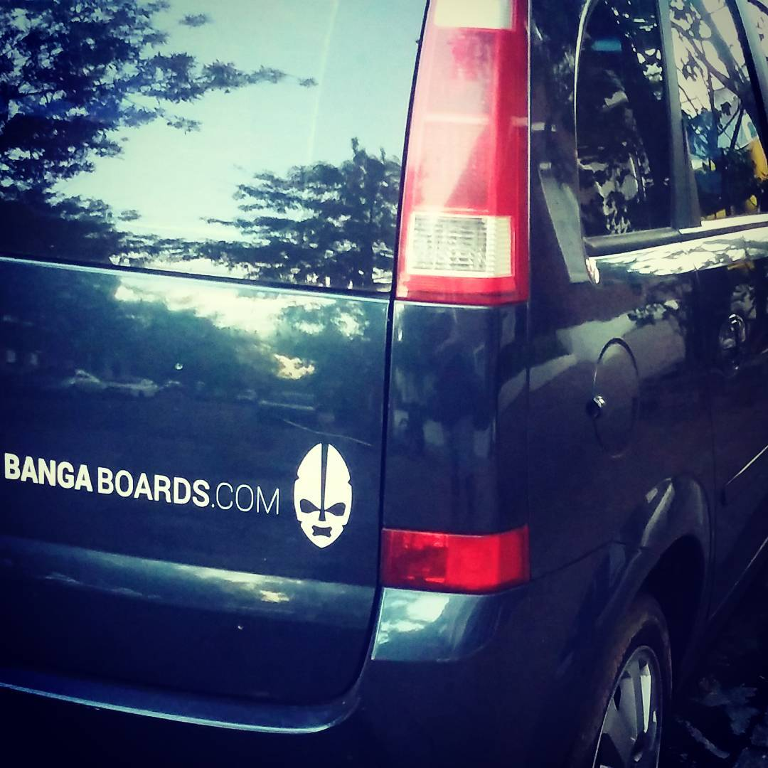 BANGA van! #bodyboard #bodyboarding #surf #surfing #leash #surfshop #shop #boards #longboard #sup #wakeboarding #van #truck #boogie #argentina #brasil #chile #skating #skate #chevrolet #sticker #stickers