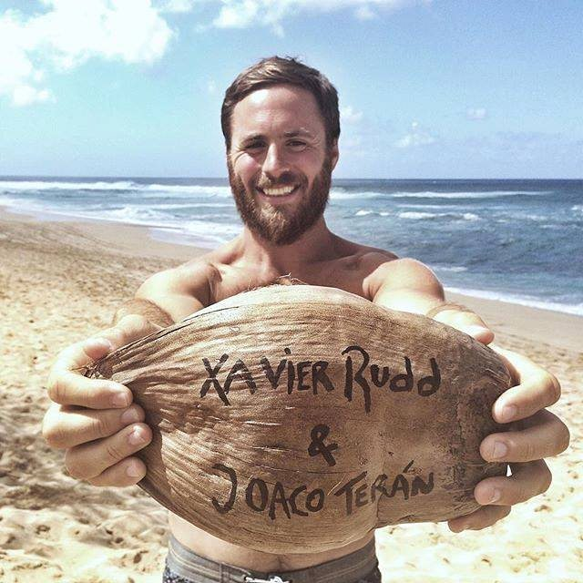 Este 6 de Marzo no te pierdas a Joaco Teran abriendo el show de Xavier Rudd !! Linda música para acompañar el Sunset de @corona_argentina