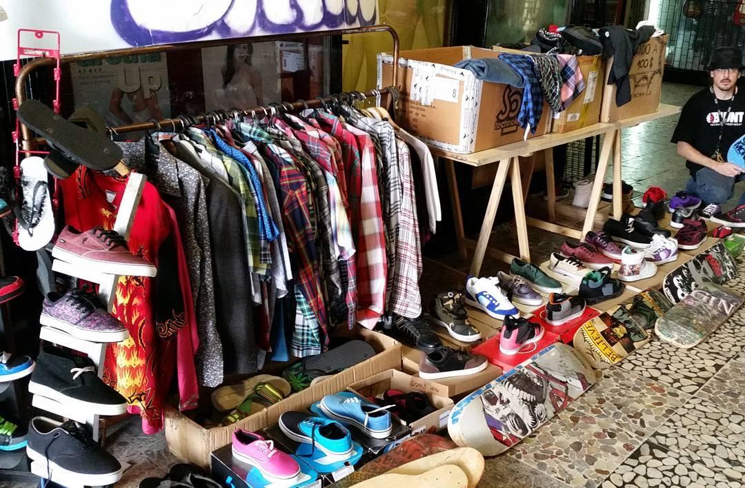 #feriaplazaitalia últimos dias!! Modelos en todos los talles. Remeras. Zapas. Pantalones. Gafas. Camisas