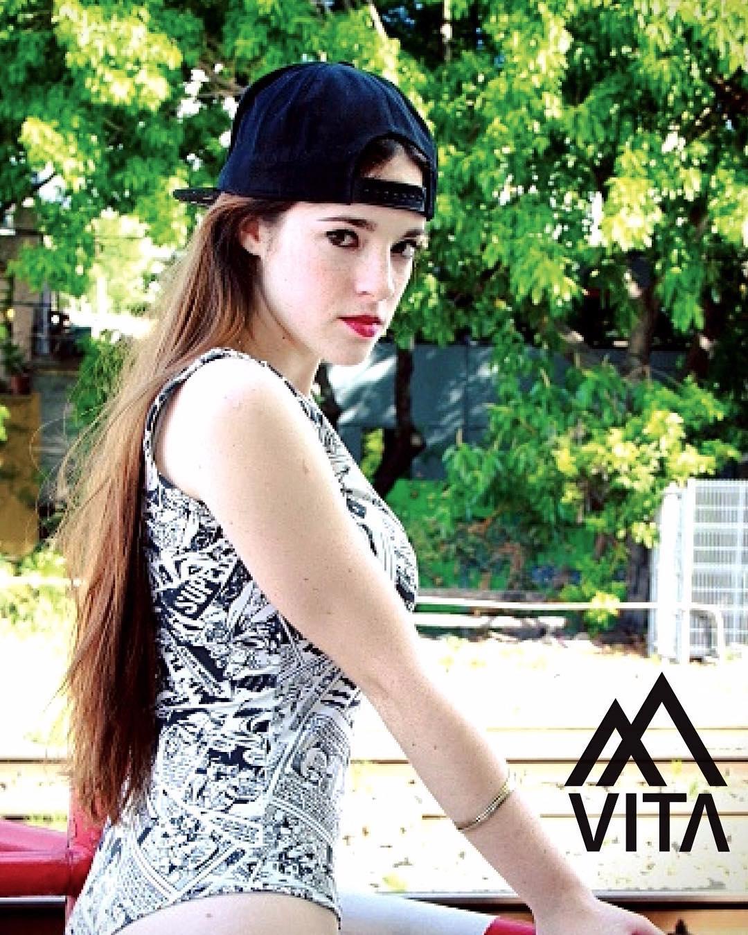 #VITAblack | @lulijota una bomba