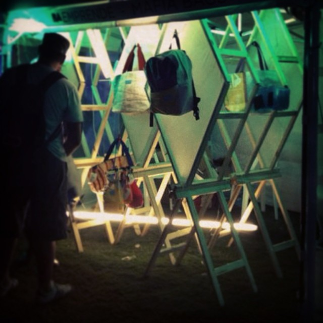 #lastnight #lollapalooza !  #estudionormal y sus caballetes en #sequencia.  @martinhuberman #ideas  #expo #mafia #lights