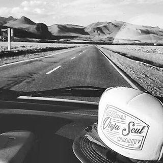 En la ruta www.viejascul.com.ar #caps #travel #roadtrip #handmade #original #clothing #ViejaScul #tshirt #fashion #skateshop #instacool #instapic #instamood