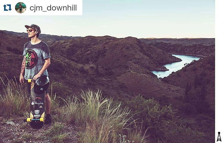 Claudito disfrutando de la buena VIDA... #Repost @cjm_downhill with @repostapp ・・・ Mountain Session #mountains #session #longboarding #freedom #downhill #skate #landscape #sunglasses #top #style #happy #instamood #instapic #ride #swag #river #valley...