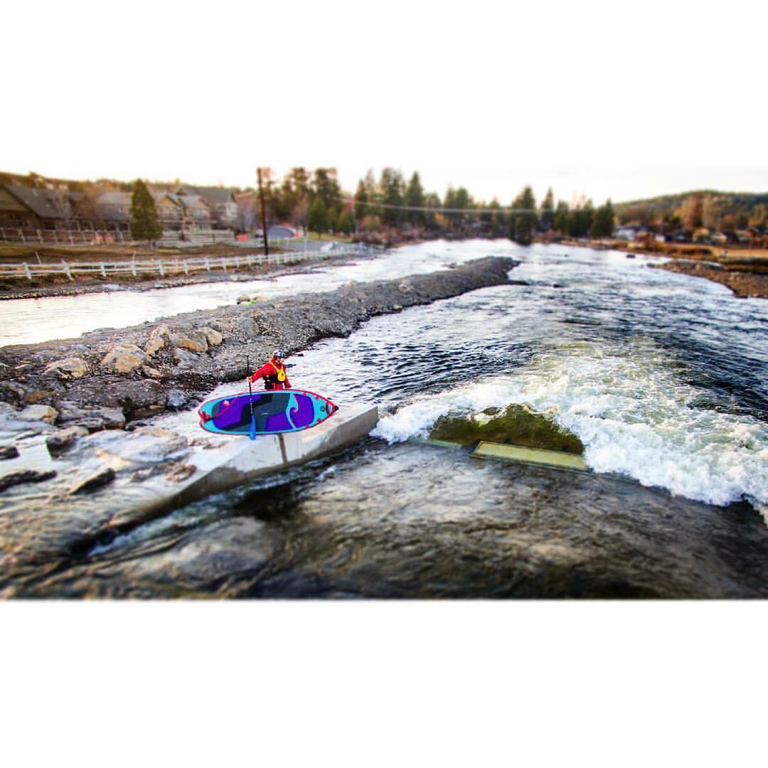 @suppaul_pics at opening day of the Bend whitewater park! Check out his video at https://vimeo.com/157003249  #halagear #adventuredesigned #isup #inflatable #standuppaddle #supsurfing #bend #oregon #paddleboarding #whitewatersup