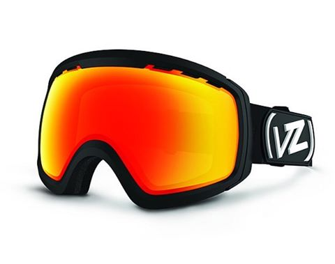 Here comes the storm west coast! Better have something awesome sitting on your face! The Feenom N.L.S. is the perfect fit with plenty of extra lens options for variable conditions on the hill! We have a few left in stock for these heavy Spring storms...