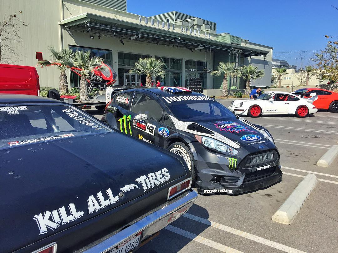 Hoonigan Racing/Hoonigan doesn't always squad up with our cars - but when it's a Gymkhana premiere, it's a must. Nice little collection of cars here between @BrianScotto, @FordPerformance, and myself - all on display at our launch event at YouTube...