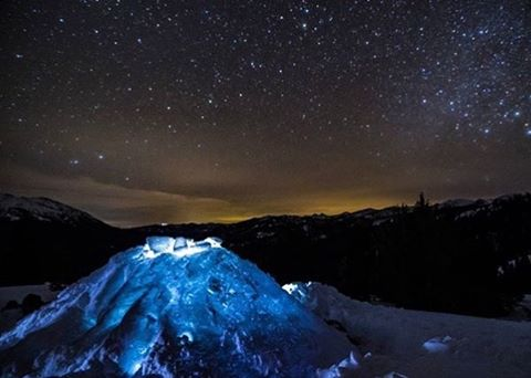 Happy Friday from the PHGB Team! We hope you get outdoors to explore some natural beauty this weekend. Here's a shot from Sun Valley local, @oliverguyphoto, getting into Sawtooth National Forest under the stars and snow. We are extremely fortunate to...