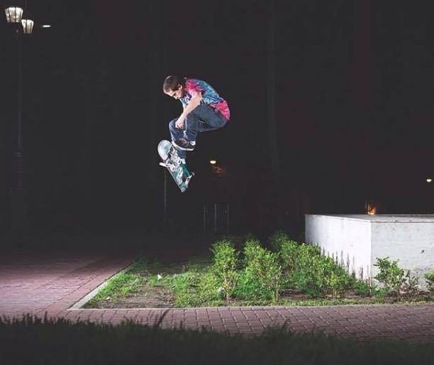 @axlmat en un 3flip para la revista @7capasmag #Spiralshoes #Teamspiral #Skateboarding #Skatelife