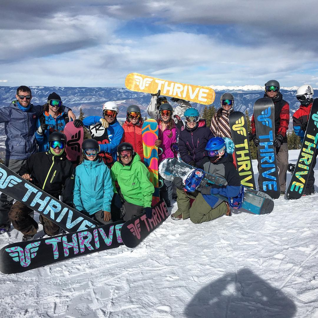 #thriveharder @aspensnowmass #snowboard #mountainlife #thrive #colorado #thrivesnowboards @chargeharder