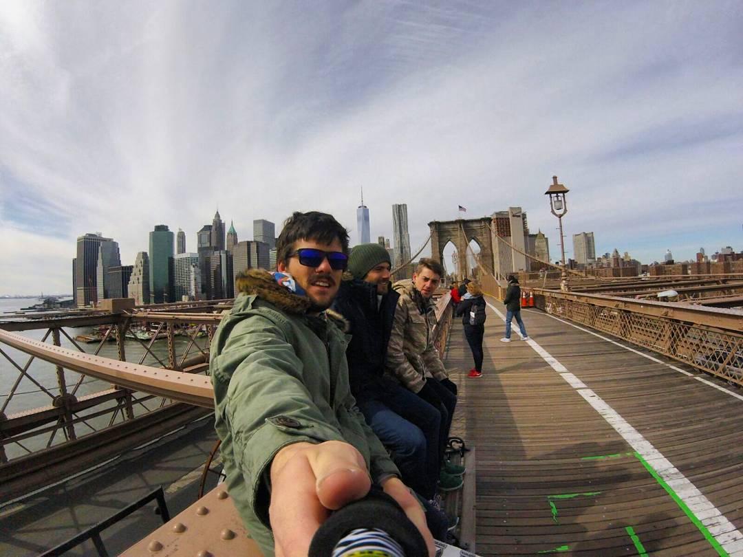 @ioioleon desde #NYC con su #ZephyrPole, compralo en www.ZephyrGear.com.ar!
