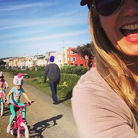 BE PLAYFUL EVERYDAY @_okiino_ #MINNOWS playing hard on a bike ride with mini mermaid Sam.  #OKIINO #kids #sunprotection #leggings #sea #street #studio #scalesxherrin shop OKIINO.com #repost @zia333