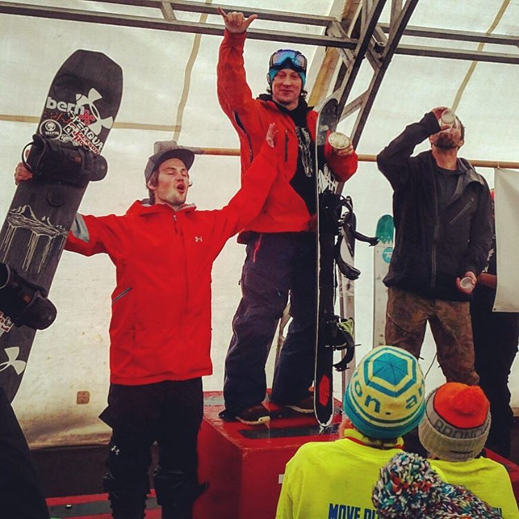 Big ups to @camfitzpatrick @robkingwill and Alan Yanelli for taking the podium spots at the @jacksonhole Banked Slalom yesterday! The course was super gnarly with blizzard conditions, but these boys made it through somehow! #A7Renegade #liveactivated...