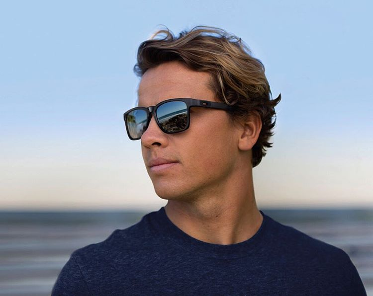 A style with attitude and personality. #OakleyCatalyst  @julian_wilson in Matte Black Catalyst.