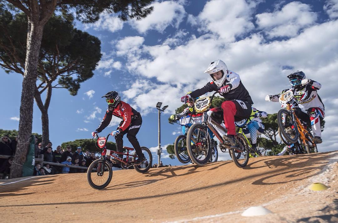 The French cup started this past weekend in Sainte-Maxime... ‪#‎SixSixOne‬ ‪#‎BMXRace‬ Athlete @sylvainandrebmx confirmed the great results from his training in the US, taking second on day 1 and winning the Men Elite category on day 2! Way to go...
