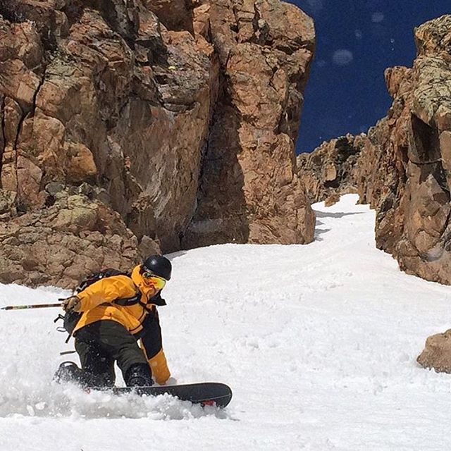 For some of us, #spring means warmer weather and some higher #water, for others, it's a chance to seek out the perfect #cornsnow!  @joeotremba and @justnibarra are in search of the latter.  #cuzrockshurt #forty4