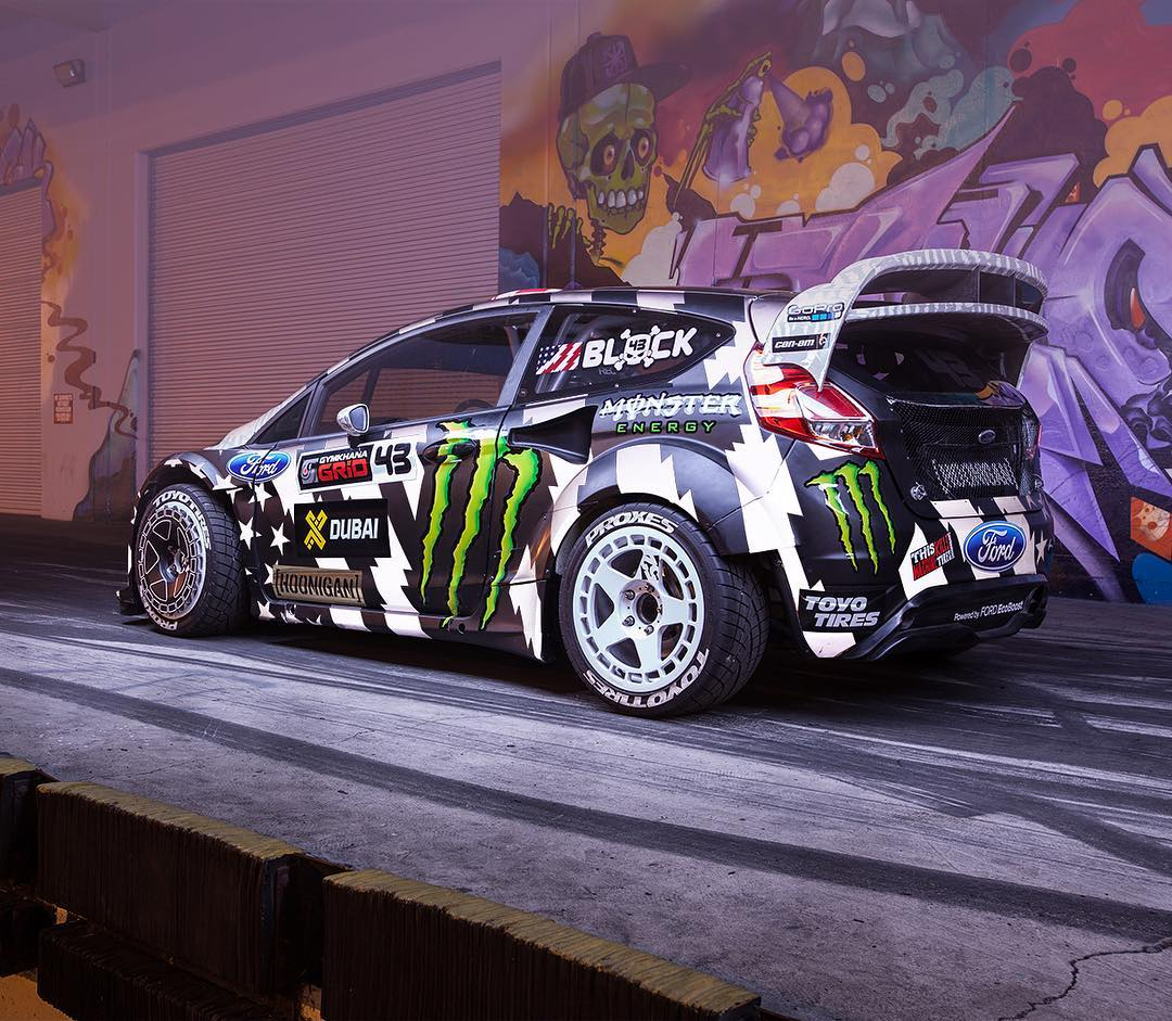 Threw some white light at the #GymkhanaEIGHT RX43's ultra reflective livery. White reflection looks fire! #donutgarage