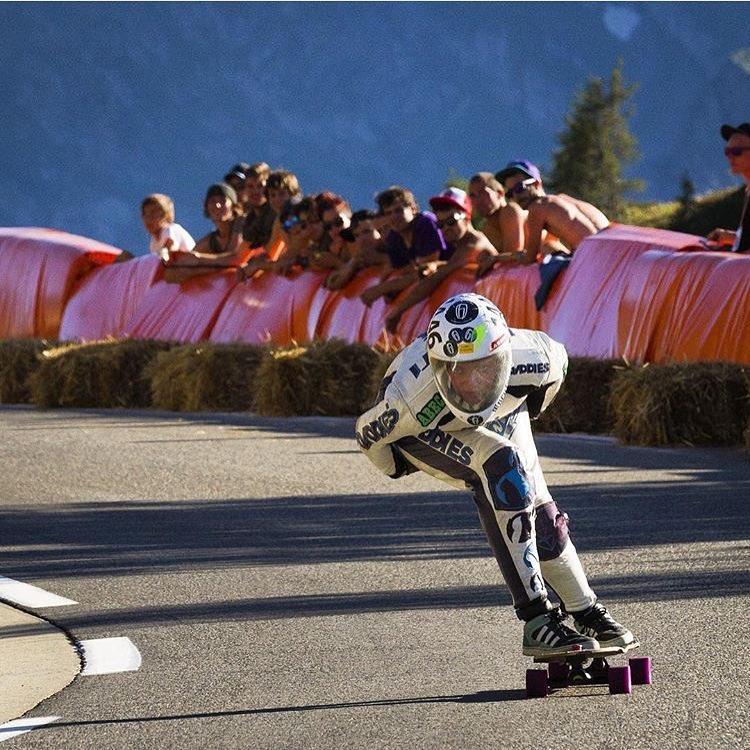 Repost from @maxdubler. LGC Austrian Ambassador @glorifiziert at Peyragudes. Rad!  #longboardgirlscrew #womensupportingwomen #skatelikeagirl #peyragudes #gloriakupsch