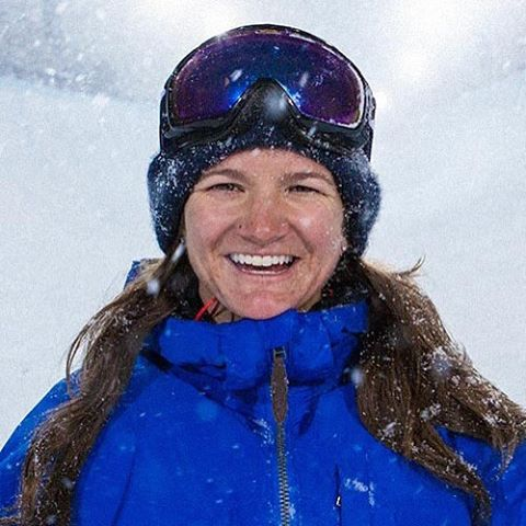 Our next highlight for #internationalwomensday is @thekellyclark. Kelly is not only a successful snowboarder, but also committed to giving back through sports. On behalf of @playhardgiveback, we would like to say THANK YOU