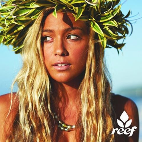 Feliz día para todas ellas! ❤☀ #JustPassingThrough #ReefGirls
