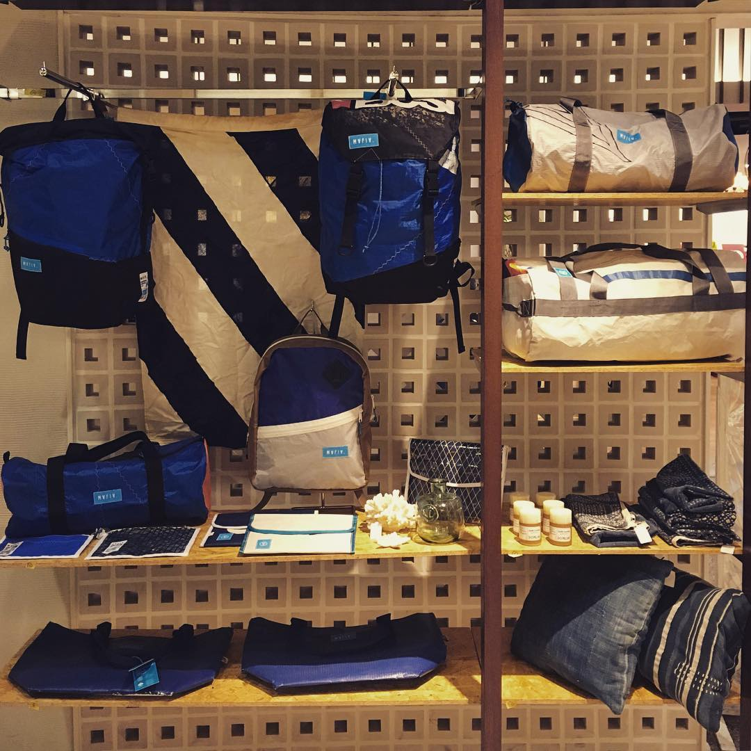 Mafia blue // our family @mafiabags_jp just opened a new pop-up shop. A whole selected collection of bags made in #California has a new house across the #PacificOcean.  YURAKUCHO MARUI 2-7-1 YURAKUCHO  CHIYODA-KU TOKYO  1st March - 30th March Hours...
