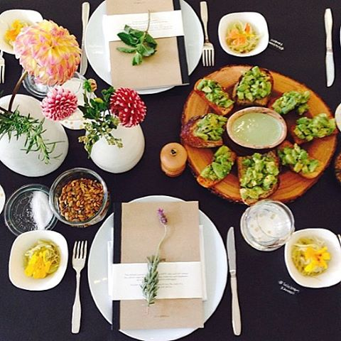Avocado toast + AllSwell // #tbt to that time we had breakfast with @lululemon and @bonberi during #nyfw