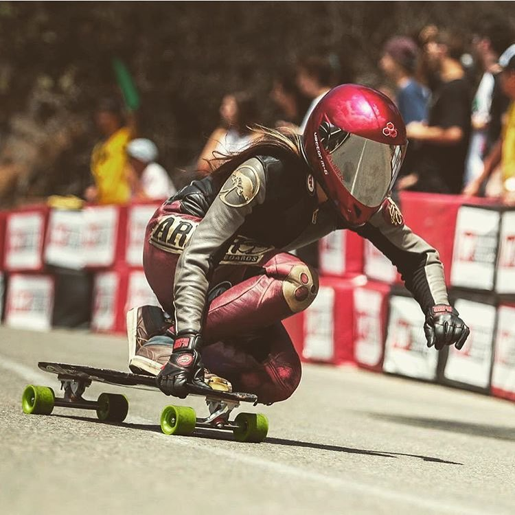 US rider @sk8namaste shot by @godofbiscuits1. Rad!  #longboardgirlscrew #womensupportingwomen #skatelikeagirl #caitlinyong #downhillskateboarding