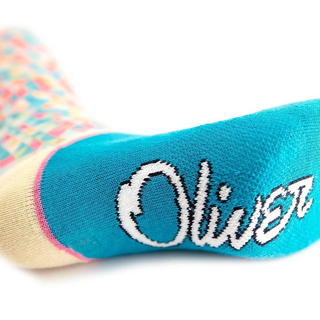 ¿Ya viste todo el color que le dan nuestras #Geometric a tus pies? Especialmente desarrolladas para brindarte el confort que necesitás. #Oliver #OliverSocks #CreaTuPropiaHistoria #OliverTech #Medias #Socks #Color #Diseño  Link en bio para adquirir tus...