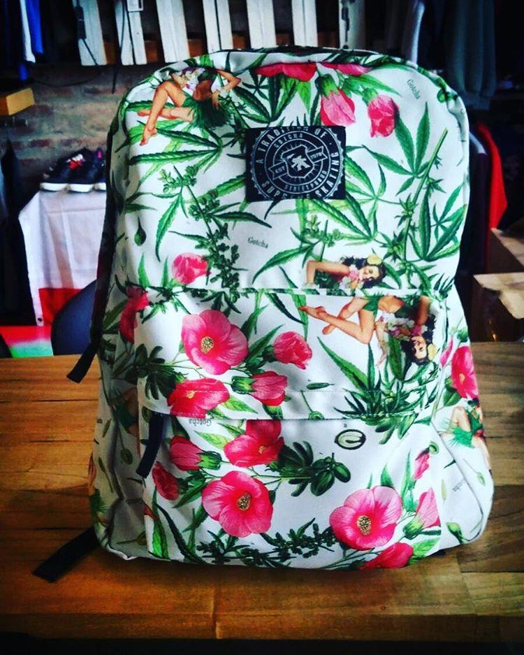 GOTCHA BACKPACKS #backtoschool #backpack #iconsneverdie