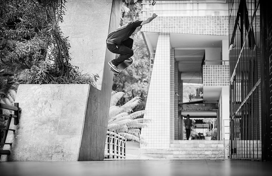 @masonsilva blasts out of this wallie as featured in @transworldskate >>>