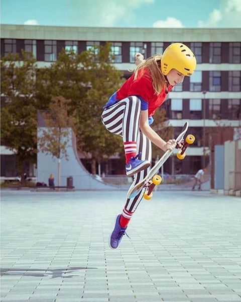 How was your weekend family? Where did you skate?  This is the always colorful Josefine Blume shot by @mari_aprilfool for @girlsinlongboarding. If you don't already give them a follow!  #longboardgirlscrew #womensupportingwomen #skatelikeagirl...